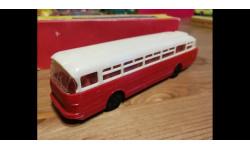 Модель Автобус ИКАРУС-66 1:87 производства Espewe Models с коробкой С378