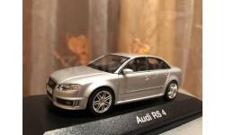 Audi RS 4 B7 1:43 Minichamps Silver Ауди Миничампс