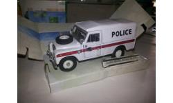 Land Rover series III 109 POLICE Cararama 1/43 с дефектами, масштабная модель, 1:43, Bauer/Cararama/Hongwell