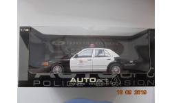 FORD CROWN Victoria Police, масштабная модель, Autoart, scale18