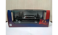 ЗИЛ 111Г 1965 черный с красным интерьером