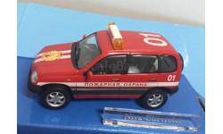 M 1:43.  Шевроле Chevrolet Niva Нива . Пожарная.  Cararama, масштабная модель, Bauer/Cararama/Hongwell, 1/43