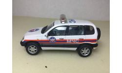 M 1:43. Шевроле Chevrolet Niva Нива . МЧС. Bauer/ Cararama., масштабная модель, Bauer/Cararama/Hongwell, scale43