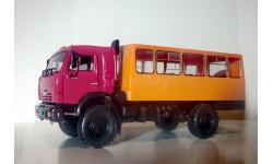 Вахтовый автобус НЕФАЗ-42111 (43502), кабина дорестайлинг