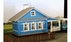 1/2 сельского дома с верандой открытого типа.