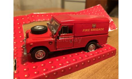 Land Rover serie III Fire Brigade Cararama 1-43 (лот в мск), масштабная модель, 1:43, 1/43, Bauer/Cararama/Hongwell