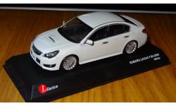 Subaru Legacy B4 2009 White Kyosho