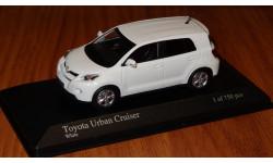 Toyota Urban Cruiser (IST) Minichamps