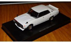 Nissan Skyline 2000 GT 1972 Aoshima Dism 1:43 металл
