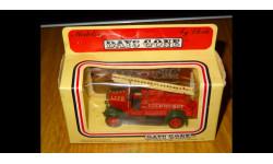 Dennis fire engine Пожарная бригада Лондона 1934 год 1/76 Lledo Days Gone в родной коробке, металл, без фигурок