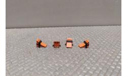 Противооткатные упоры 'башмаки' оранжевые комплект из 4шт в 1:43 масштабе