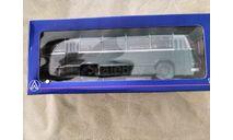ЛАЗ 695 городской автобус (1956), темно-зеленый, масштабная модель, scale43