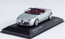 Alfa Romeo Spider 1:43 MINICHAMPS!, масштабная модель, 1/43