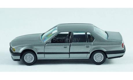 1:43 BMW 7-series 735i кузов E32 двери и багажник открываются!, масштабная модель, GAMA, 1/43