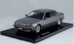 BMW 750i E38 7 series 7 серия 1:24 MINICHAMPS - все открывается!