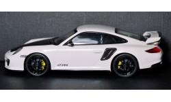 1:43 PORSCHE 911 GT2 RS - Minichamps