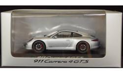 1:43 PORSCHE 911 Carrera 4 GTS