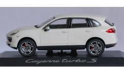 1:43 PORSCHE Cayenne Turbo S - Minichamps
