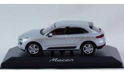 1:43 PORSCHE Macan - Minichamps в фирменной упаковке Порше, масштабная модель, 1/43