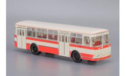 Автобус ЛиАЗ-677 бело-розовый Classic Bus, масштабная модель, Classicbus, 1:43, 1/43