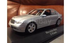 Mercedes Benz E klasse 320 Limousine  W211 Minichamps Silver