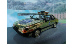 1/43  White Rose Collectables Ford Mustang Police Gold Plated