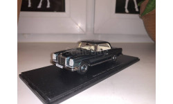 Mercedes-Benz 280 SE 3.5 Coupe W111 1:43 зелёный (Spark, dealer edition)
