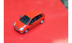 Ford Fiesta без коробки 1:43 Cararama возможен обмен, масштабная модель, BMW, scale43