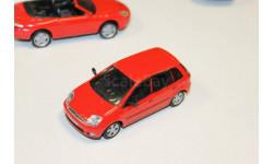 Ford Fiesta без коробки 1:43 Cararama