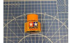 87012 Клей с кисточкой 20мл Tamiya