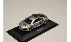 "Audi R8 V10 ""Safety Car 24h Le Mans 2009""  1:43 SCHUCO"
