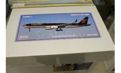 14448_1 Авиалайнер  Б-752 TRUMP 1:144 Восточный Экспресс