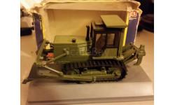 Бульдозер Б10.0010ЕН 1/43 Промтрактор, масштабная модель трактора, ЧТЗ, 1:43