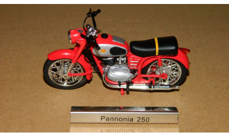 Pannonia 250 TLF 1958 Atlas 7168109, масштабная модель мотоцикла, 1:24, 1/24