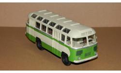 ПАЗ-652 бело-зеленый ФИНОКО, масштабная модель, 1:43, 1/43