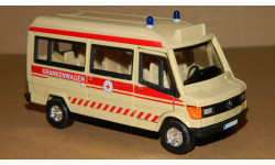 Mercedes-Benz T1 Krankenwagen 1988-1996 Cararama