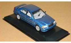 Mercedes-Benz C-class 1997 W202 Blue Metallic Minichamps 430037000