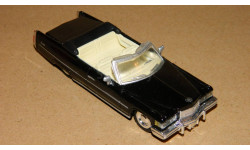 Cadillac Coupe De Ville 1976 NewRay, масштабная модель, New-Ray