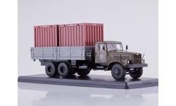 КрАЗ-257Б1 бортовой с контейнерами в кузове хаки/серый SSM SSM1149