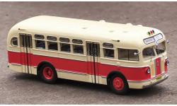 Автобус ЗиС-155 бежево-красный (2-й выпуск) КБ
