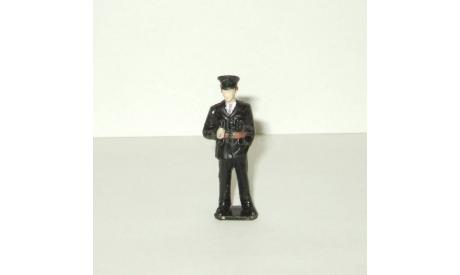 Фигурка Человек Полицейский Лондон Англия Brumm 1:43 Made in Italy, фигурка, scale43