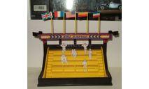 Диорама Трибуна + фигурки 8 штук Cararama Hongwell 1:43, масштабная модель, Bauer/Cararama/Hongwell, scale43
