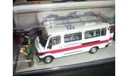Mercedes-Benz 310 Police Patrol Van 1/43 Corgi, масштабная модель, 1:43