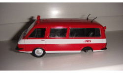 АВТОМОБИЛЬ НА СЛУЖБЕ № 12 РАФ 2203 ПОЖАРНЫЙ  ТОЛЬКО МОСКВА, журнальная серия Автомобиль на службе (DeAgostini), scale43