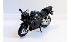 Honda 600RR, масштабная модель мотоцикла, Bburago, 1:18, 1/18