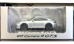 Porsche 911 Carrera 4 GTS silver .Herpa