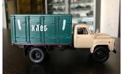 ГЗСА-3704 на шасси 52-01 1979 г., бежево-зеленый Dip models