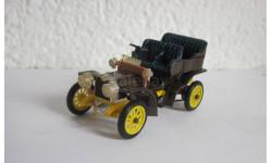 Fiat 12 cv 1902 1:43 Rio