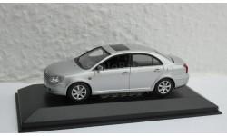 Toyota Avensis 2002 1:43 Minichamps