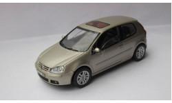 Volkswagen Golf 5 V 1:43 Schuco